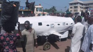 tmp_11470-nigerian-man-builds-an-aeroplane-31957895114